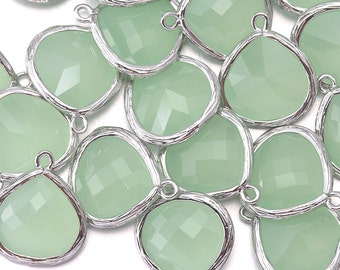 10% OFF (10 Pieces) . Light Mint Glass Pendant . Wholesale Jewelry Supply . Polished Original Rhodium Plated / 10 Pcs - AG002-PR-LM