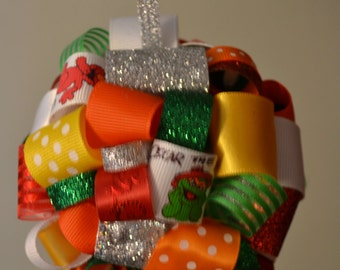 Sesame Street Ribbon Topiary-style Ornament - Great for the Holidays for your favorite Sesame Street fan!