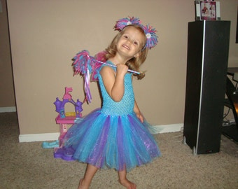 Abby Cadabby inspired costume set, dress wands and headband, costume, birthdays, and dress up! Wings no longer available