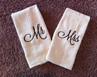 Personalized Mr & Mrs Hand Towel Set