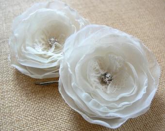 Ivory wedding bridal flower hair clips (set of 2), bridal hairpiece, bridal hair accessory, wedding hair flower, wedding hair accessories