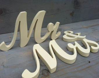 Wedding table wooden Mr & Mrs Ivory, available not painted, painted, glitter
