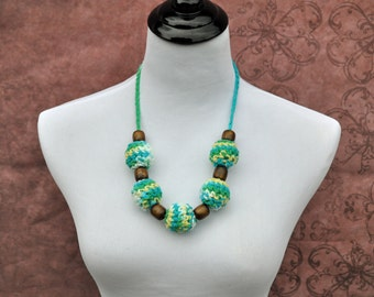 Breastfeeding Necklace - Baby Accessory - Green, Blue, Yellow, and White