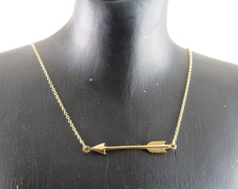 Sideways arrow necklace, arrow necklace, 14k gold filled chain, Phi Beta Phi necklace, archery necklace, arrow charm, Southwestern