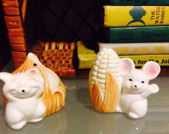 Vintage Kitschy Mice Salt and Pepper Shakers