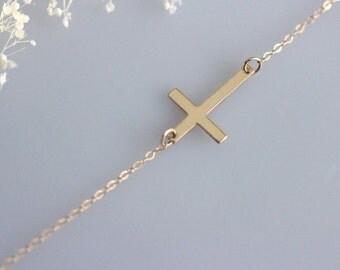 Kelly Ripa cross, Sideways Cross Necklace, Gold Horizontal Cross,Kelly Ripa style, Celebrity inspired