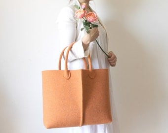 Elegant and Casual Felt Bag from Italy, Tote Bag, Felted bag, Market Bag, Felt Tote. Gift For Her, Christmas Gift For Her