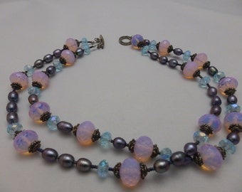 Glass Bead and  Freshwater Pearl Necklace