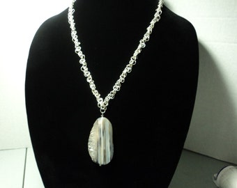 Agate gemstone, silver plated chain