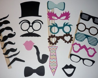 Photo Booth Prop Set Mustaches,Hats,Lips 24 Pieces (2083DC)