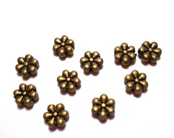 10 Bronze Flower Metal Beads, 7mm Flower Beads, Flower Shaped Beads, Flower Beads, Daisy Beads, Bronze Flower Beads, Nature Beads CB0008B