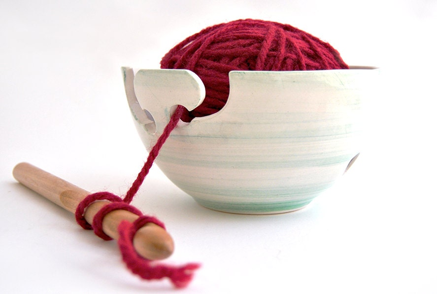 Crochet Yarn Bowl : Ceramic Yarn Bowl Knitting Bowl Crochet Bowl Hand by Barruntando