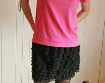 Cute Black Mini Ruffle Skirt