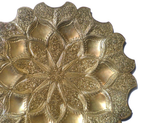 Vintage Etched Brass Wall Hanging Plate By LooktheLastChance