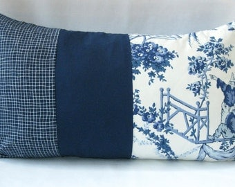 "12""x20"" Pillow Cover - Vintage navy and white fabric"