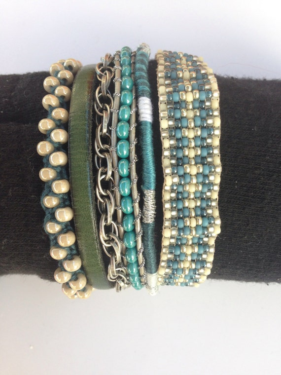 bracelet manchette multi rangs en perles par shadelcreation. Black Bedroom Furniture Sets. Home Design Ideas