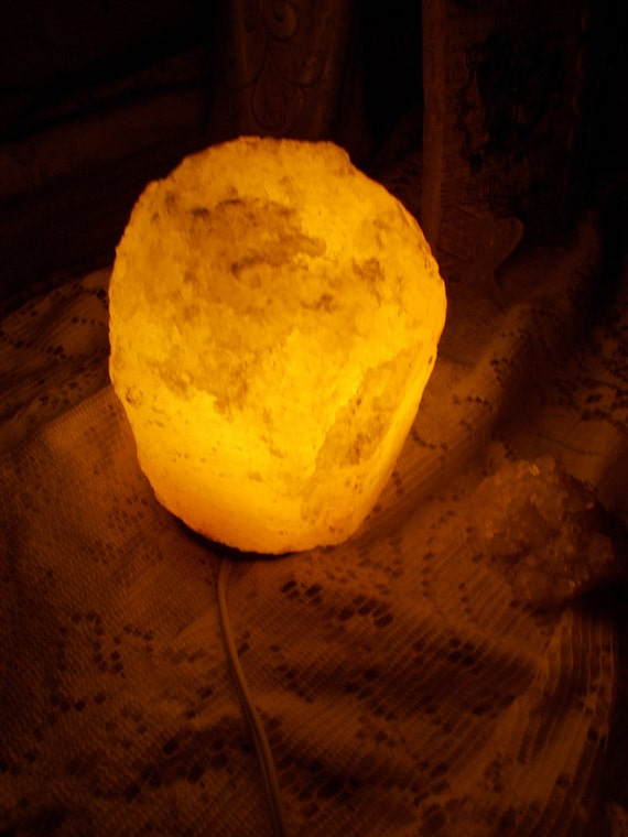 Do Salt Lamps Reduce Humidity : Himalayan Salt Healing Stone Lamp Increases by QueendomHealing