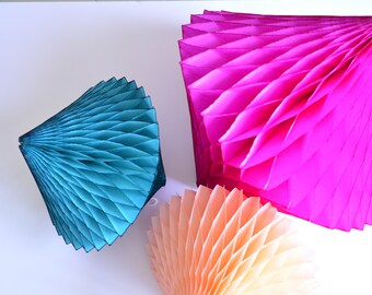 Honeycomb Tissue Paper Diamond peach or teal - 12'