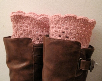 Stylish Soft rose/ Rose doux / Rosado suave  hand crochet ankle boots, boot cuffs,leg warmers, Boot toppers--Christmas gift