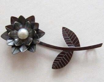 Lotus Brooch - Flower Brooch - Black Lotus Brooch / Pendant - made to order