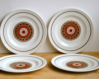 1970's Vintage Retro Swinnertons Aztec Design Side Plates