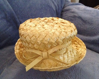 1950s/60s Woman's Yellow Vintage Hat (no markings)