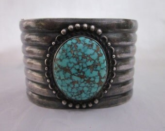 Great Old Native American Silver Bracelet with A Single Turquoise Stone