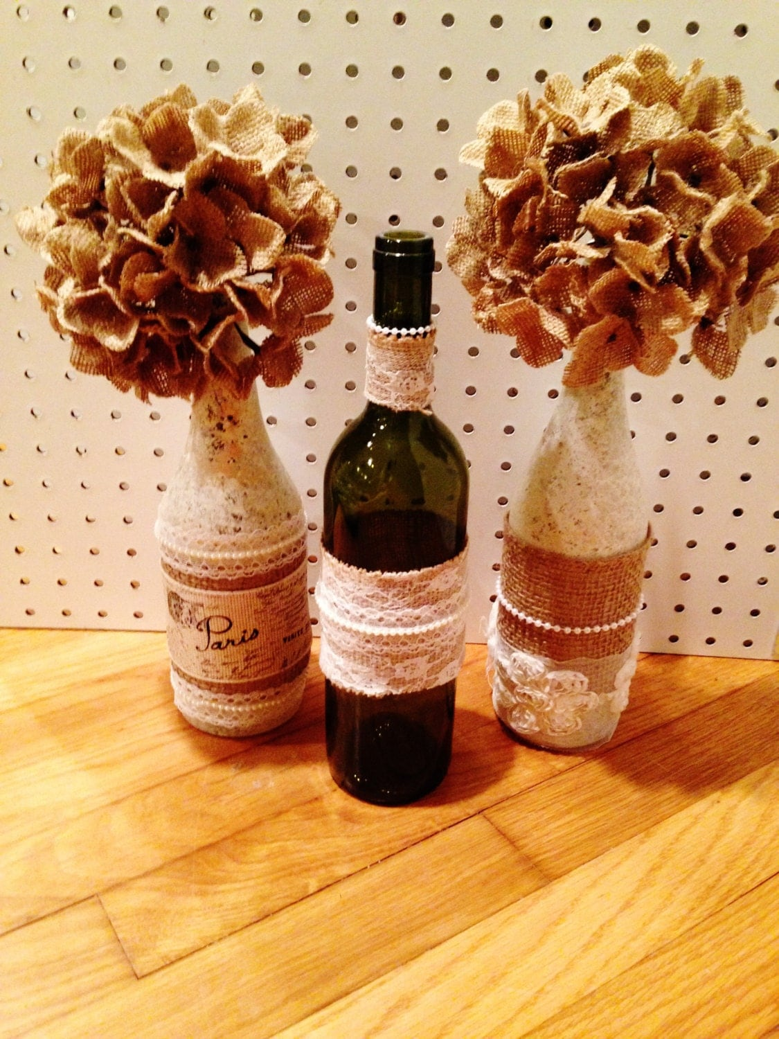 Paint wine bottles with burlap flowers for Painting flowers on wine bottles