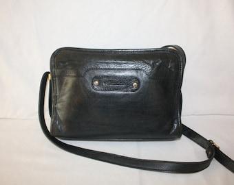 Valentina Dark Navy Blue leather Purse
