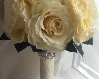 Bridal bouquet. Bridesmaid bouquet. Flower girl bouquet. Ivory rose bouquet. Vintage style bouquet. Brooch bouquet