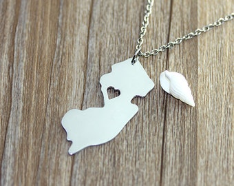 I heart New Jersey Necklace - New Jersey Map Pendant - State Necklace - State Charm - Map necklace - Map Jewelry