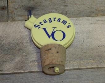 Vintage Seagram's VO Liquor Pourer