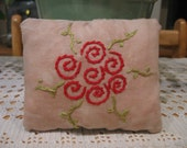 Primitive Red Rose Pillow FAAP, OFG, HAFAIR