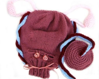 Knitted Uterus w/  Caesarian Opening, Placenta, Ovaries and Blood Vessels, Ante-natal Teaching Aid