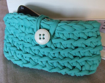 Case for glasses, in turquoise ribbon.