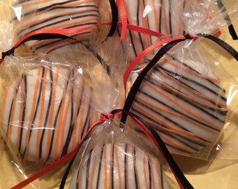 Black Favors Orange Favors Chocolate Covered Oreos Favors Halloween Party Favors Fall Favors Thanksgiving Day Party Favors Wedding Favor