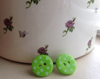 Cute as a Button Earrings-Green