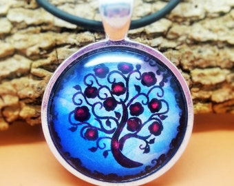 Abstract Tree Pendant Necklace (1)