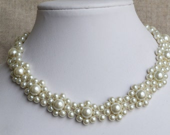 ivory pearl necklace, glass pearl  necklace,pearl flower necklace,wedding pearl necklace,pearl  necklace,bridesmaids necklace,jewelry