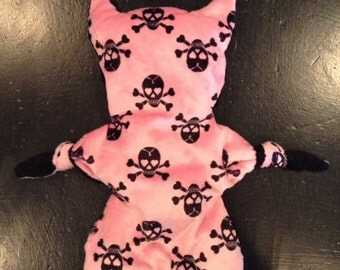 Skull minky flatcat. Skull print on front minky dot on back.