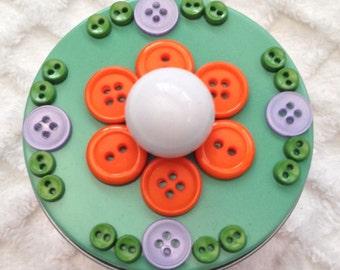 "3"" Circular Tin with Button Detail"