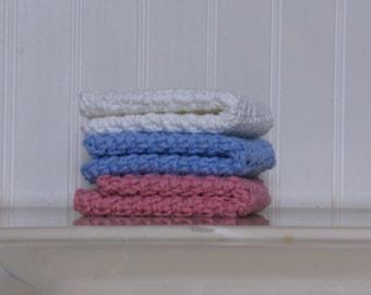 Crochet Wash Cloth / Dish Cloth: Set of 3. White, Blue, Pink