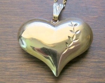 Gorgeous 14kt Gold Puffy Heart Pendant Rope Chain Vintage Necklace