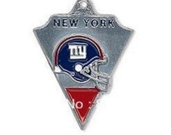 NFL(r) Football Charms - New York Giants Charms (5 pieces)