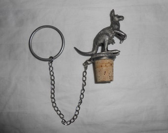 Kangaroo Wine Bottle Stopper With Chain