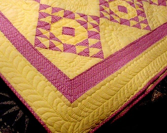 Single Wedding Ring Quilt, Hand Quilted Quilt, Handmade,  Quilting,  Full Size Quilt, Lavender and Yellow Quilt