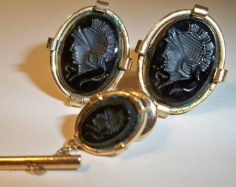 Black & Gold Cuff Links and Tie Tack, Vintage Tie Tack Set, Reversed Intaglio Tie Tack and Cuff Links with Classic Roman Soldier Design