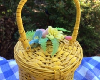Vintage Bright Yellow Spring Basket Purse with Flowers on Lid