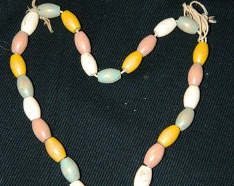 Vintage 1930's Jaymar Wooden Painted Baby Beaded Necklace Toy, Wooden Beads, String Toy, Folk Art