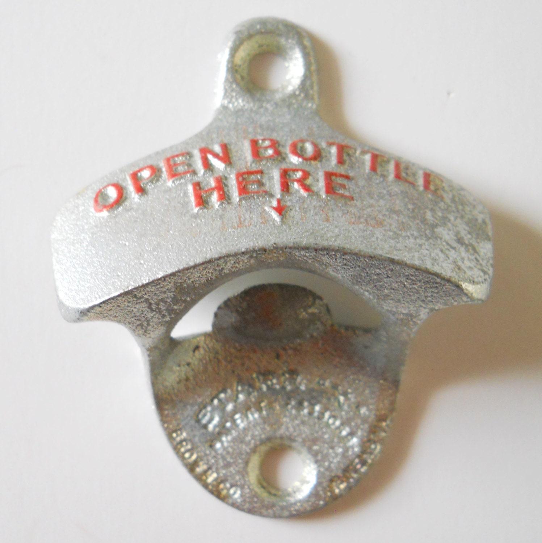 vintage wall mount bottle opener open bottle by lisabretrostyle. Black Bedroom Furniture Sets. Home Design Ideas